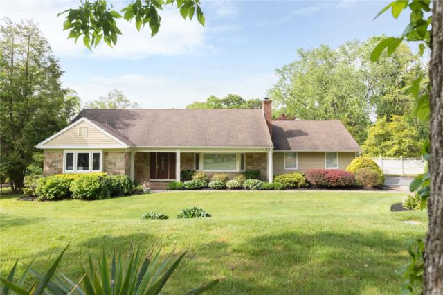10 Empire Ct, Dix Hills, NY 11746 (MLS #3133778) :: Signature Premier Properties