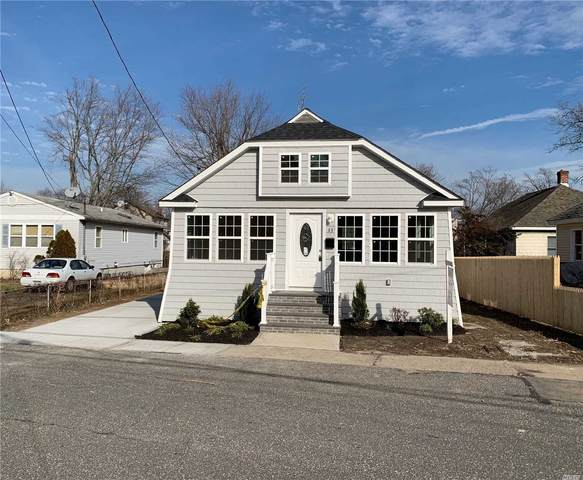 33 Center Ave, Bay Shore, NY 11706 (MLS #3199364) :: Signature Premier Properties