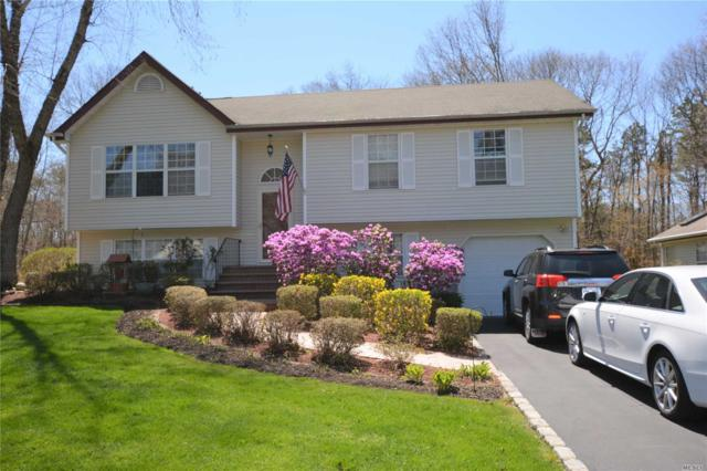 8 Turnberry Ct, Middle Island, NY 11953 (MLS #3024537) :: Netter Real Estate