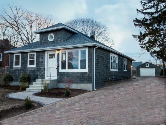 205 Oak St, Patchogue, NY 11772 (MLS #3093296) :: Signature Premier Properties