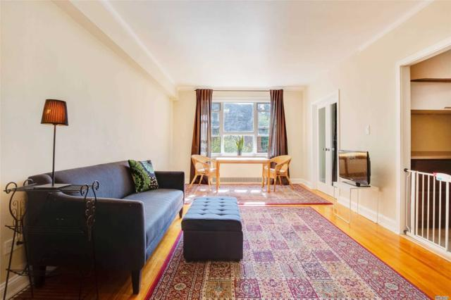 34-41 85th Street 2W, Jackson Heights, NY 11372 (MLS #3134918) :: Shares of New York