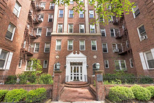 72-17 34th Avenue 2G/H, Jackson Heights, NY 11372 (MLS #3040380) :: Netter Real Estate