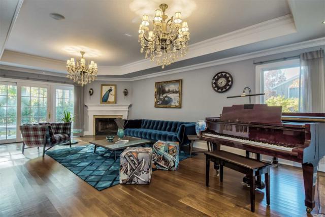 7 Bristol Dr, Manhasset, NY 11030 (MLS #3079979) :: Netter Real Estate