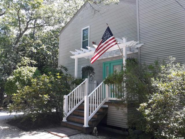 18 Scrub Oak Rd, Quogue, NY 11959 (MLS #2972896) :: Netter Real Estate