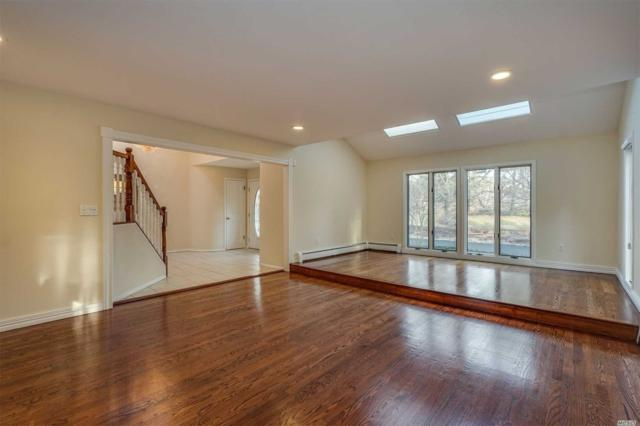 5 Meadow Gate East, Head Of Harbor, NY 11780 (MLS #3003647) :: Netter Real Estate
