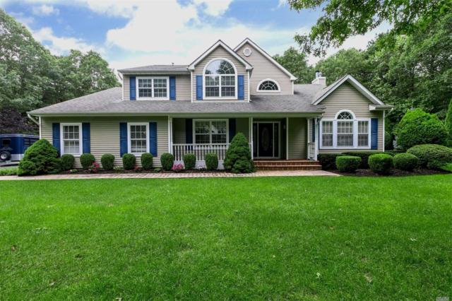 14 Rockhill Cir, Manorville, NY 11949 (MLS #3067576) :: Netter Real Estate