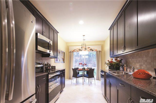 45 Greentree Ct #45, Shirley, NY 11967 (MLS #2812274) :: Keller Williams Homes & Estates
