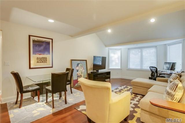 171 Great Neck Rd 1R, Great Neck, NY 11021 (MLS #2850296) :: Keller Williams Homes & Estates