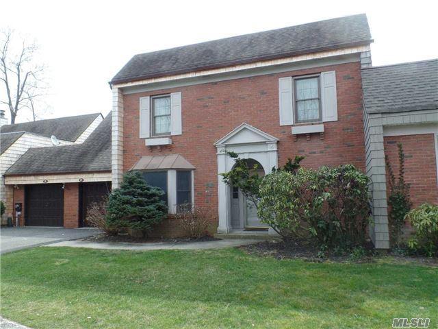 25 E Admirals Dr, Bay Shore, NY 11706 (MLS #2921812) :: Netter Real Estate