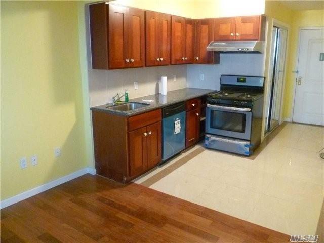 37-20 Prince St 9B, Flushing, NY 11354 (MLS #2931932) :: Netter Real Estate