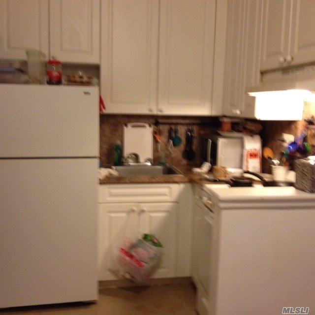 87-15 165th St 7G, Jamaica Hills, NY 11432 (MLS #2933385) :: Netter Real Estate