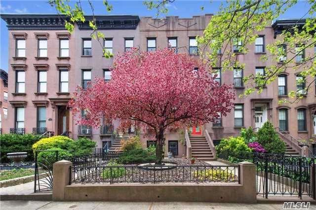 44 1st Pl, Brooklyn, NY 11231 (MLS #2933476) :: Netter Real Estate