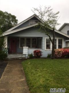 278 Park Ave, Freeport, NY 11520 (MLS #2940991) :: Signature Premier Properties