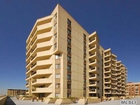 360 Shore Rd 2C, Long Beach, NY 11561 (MLS #2943468) :: Netter Real Estate