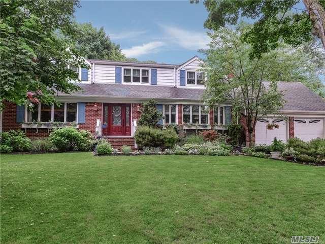 27 Harbor Park Dr, Centerport, NY 11721 (MLS #2945367) :: Signature Premier Properties