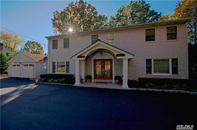 17 Old Hills Ln, Greenlawn, NY 11740 (MLS #2948597) :: Signature Premier Properties