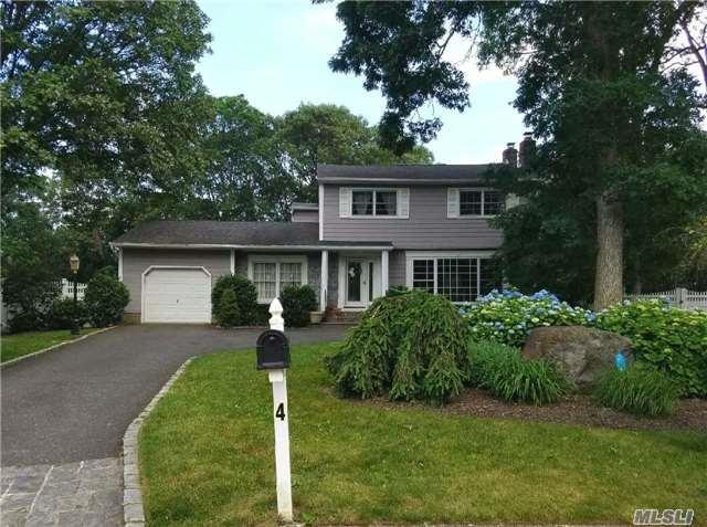 4 Woodrise Ct, E. Northport, NY 11731 (MLS #2948685) :: Signature Premier Properties
