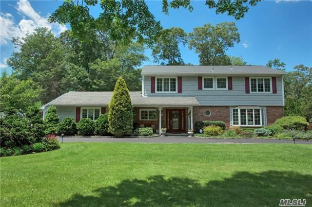 21 Mclane Dr, Dix Hills, NY 11746 (MLS #2949035) :: Signature Premier Properties