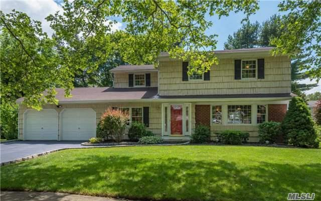 32 Pine Hollow Ln, Greenlawn, NY 11740 (MLS #2949121) :: Signature Premier Properties