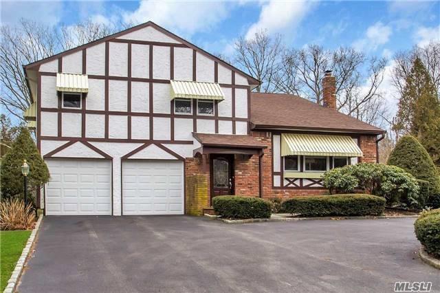62 Valleywood Rd, Commack, NY 11725 (MLS #2949239) :: Signature Premier Properties