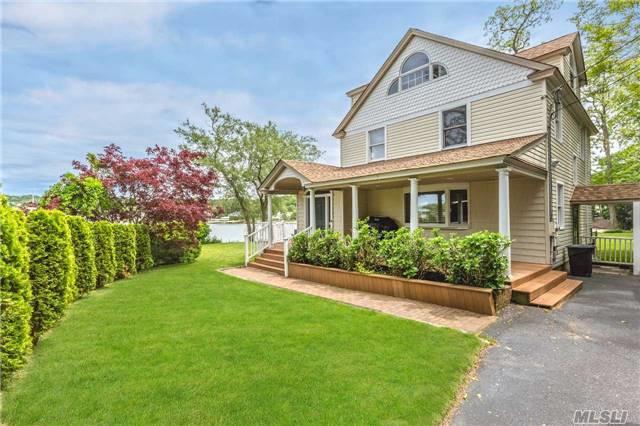 Centerport, NY 11721 :: Signature Premier Properties
