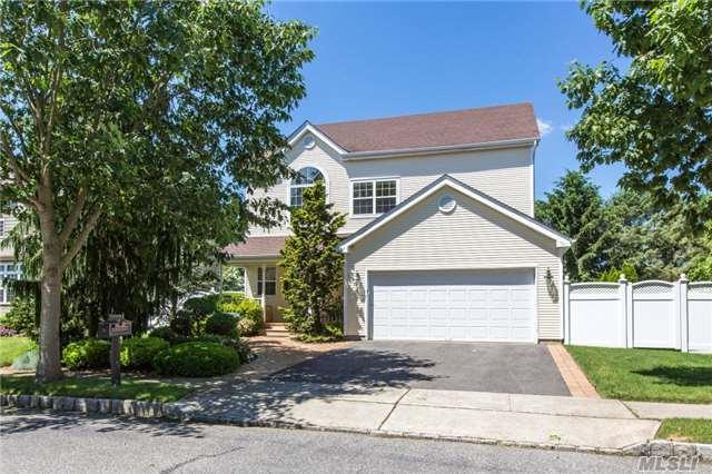 38 Herrels Cir, Melville, NY 11747 (MLS #2949381) :: Signature Premier Properties