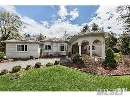 39 Dunlop Rd, Huntington, NY 11743 (MLS #2950062) :: Signature Premier Properties