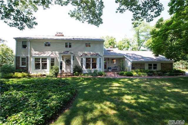 20 Youngs Hill Rd, Huntington, NY 11743 (MLS #2950365) :: Signature Premier Properties