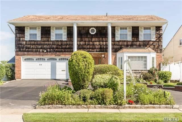 514 Waterview Dr, Cedarhurst, NY 11516 (MLS #2956190) :: The Lenard Team