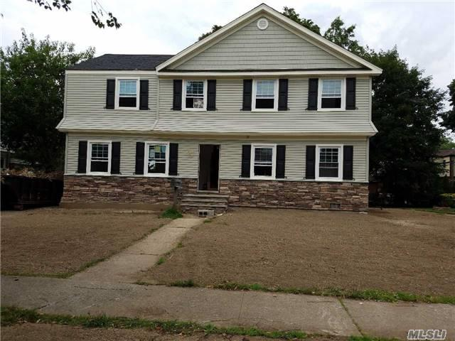 107 Willow St, Garden City, NY 11530 (MLS #2956760) :: The Lenard Team