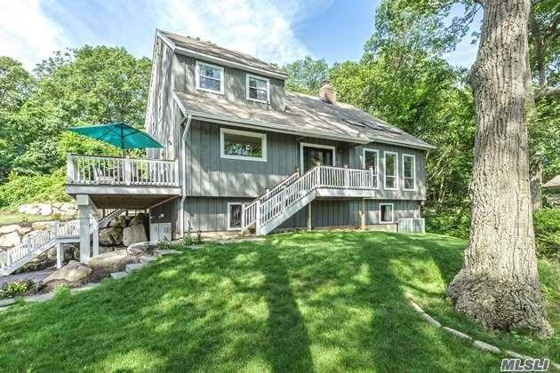 44 Idle Day Dr, Centerport, NY 11721 (MLS #2956920) :: The Lenard Team