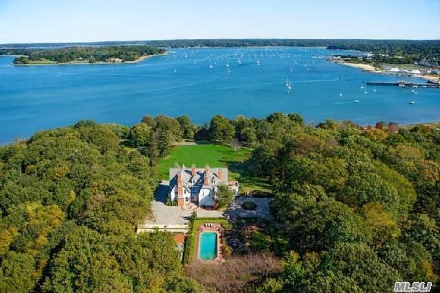 1026 West Shore Rd, Oyster Bay, NY 11771 (MLS #2957326) :: The Lenard Team