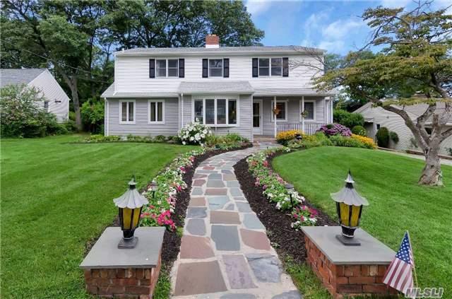 168 Hoover Pl, Centerport, NY 11721 (MLS #2958609) :: Signature Premier Properties