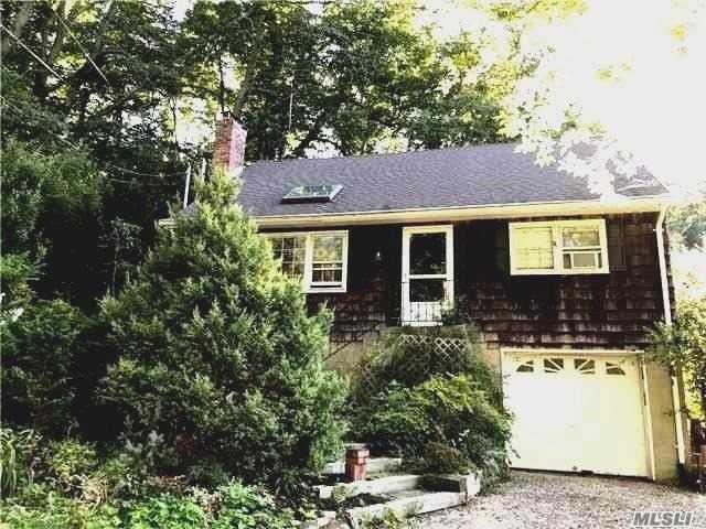 76 Lone Oak Dr, Centerport, NY 11721 (MLS #2960681) :: Signature Premier Properties