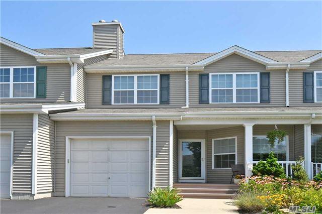 194 Rivendell Ct, Melville, NY 11747 (MLS #2963071) :: Signature Premier Properties