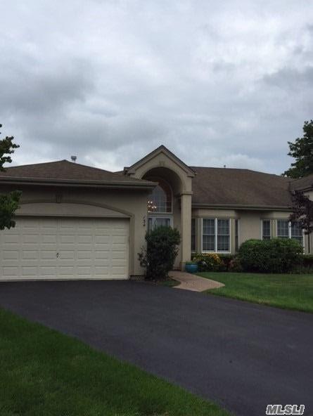 134 Altessa Blvd, Melville, NY 11747 (MLS #2963689) :: Signature Premier Properties
