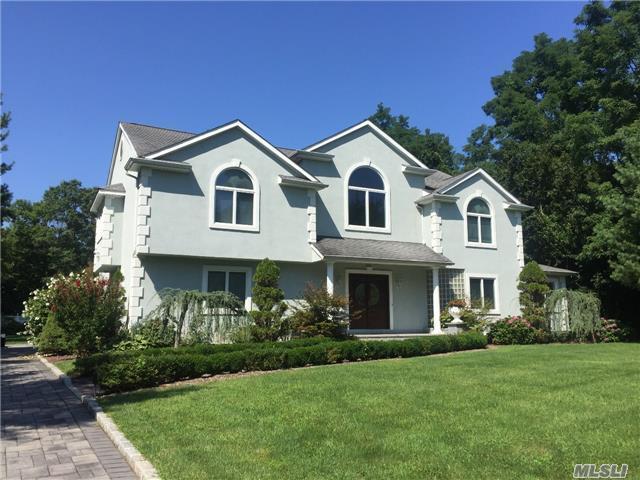 311 Dix Hills Rd, Dix Hills, NY 11746 (MLS #2963979) :: Signature Premier Properties