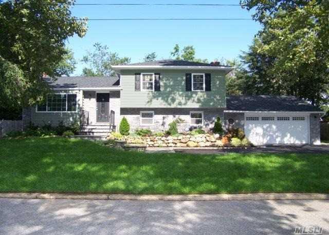 30 Meadow Lark Dr, E. Northport, NY 11731 (MLS #2964379) :: Signature Premier Properties