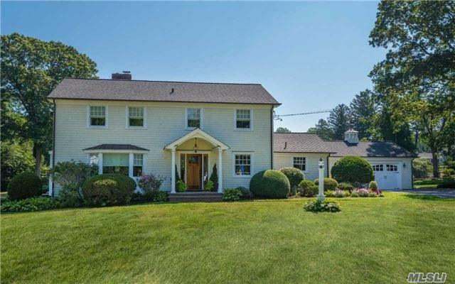 10 Howard Dr, Huntington, NY 11743 (MLS #2964515) :: Signature Premier Properties