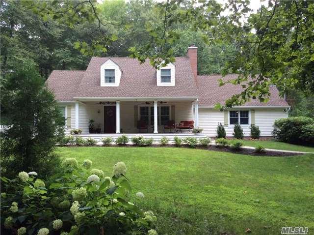 23 Landview Dr, Dix Hills, NY 11746 (MLS #2964615) :: Signature Premier Properties