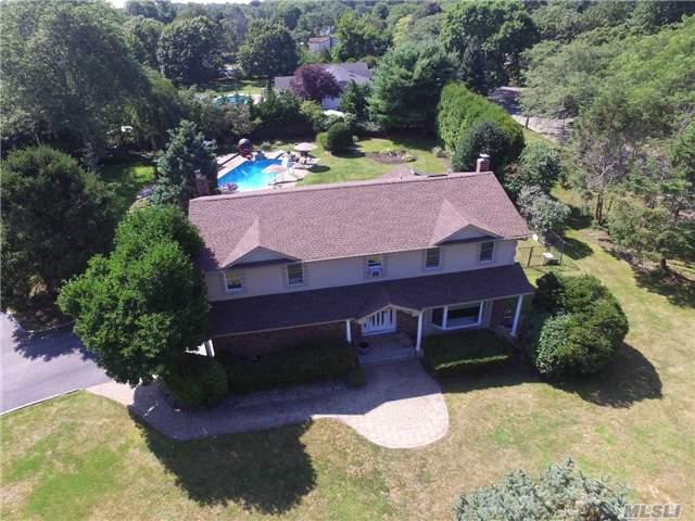 14 Andrea Ln, Greenlawn, NY 11740 (MLS #2964634) :: Signature Premier Properties