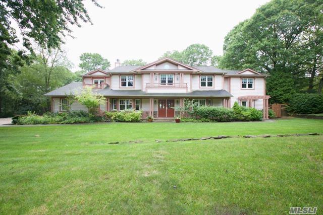 30 Sarah Dr, Dix Hills, NY 11746 (MLS #2964672) :: Signature Premier Properties