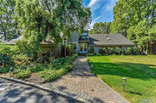 48 Valleywood Rd, Commack, NY 11725 (MLS #2964891) :: Signature Premier Properties