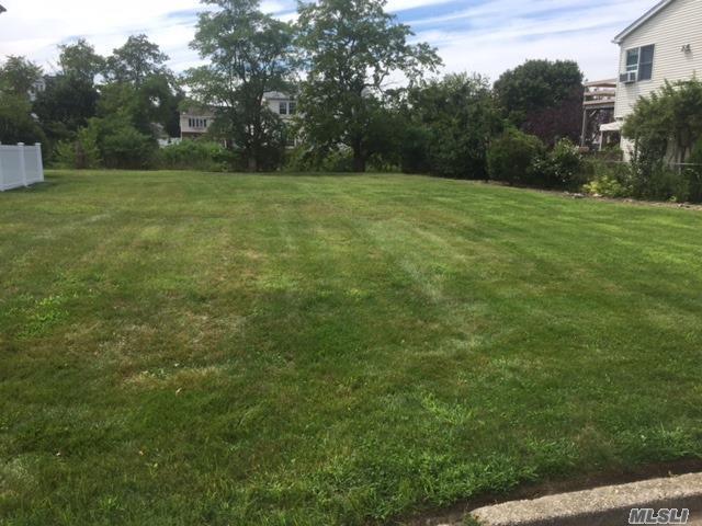 3446 Colony Dr, Baldwin, NY 11510 (MLS #2965554) :: Signature Premier Properties