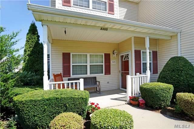 3305 Carnoustie Ct, Riverhead, NY 11901 (MLS #2967248) :: Netter Real Estate