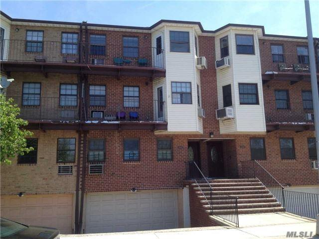 151-33 78 St #2, Howard Beach, NY 11414 (MLS #2968618) :: Netter Real Estate