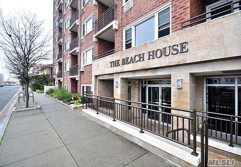 740 E Broadway 3B, Long Beach, NY 11561 (MLS #2968905) :: The Lenard Team