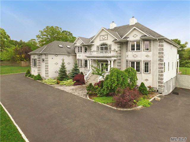 5 Twilight Ct, Melville, NY 11747 (MLS #2971514) :: Platinum Properties of Long Island