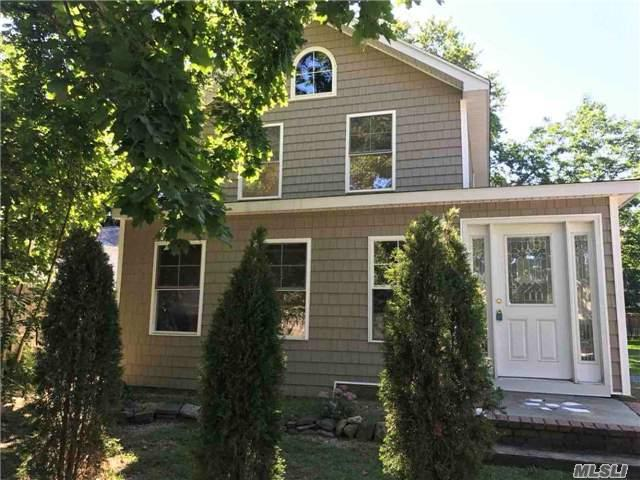 36 Mill Ln, Huntington, NY 11743 (MLS #2972129) :: The Lenard Team
