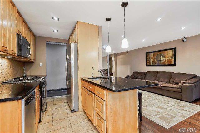 84-29 153rd Ave 3E, Howard Beach, NY 11414 (MLS #2972776) :: Netter Real Estate